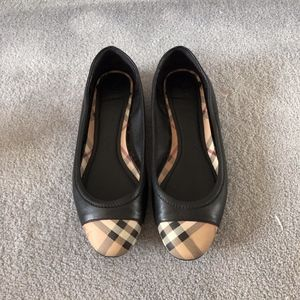 Burberry Leather Ballet Flat